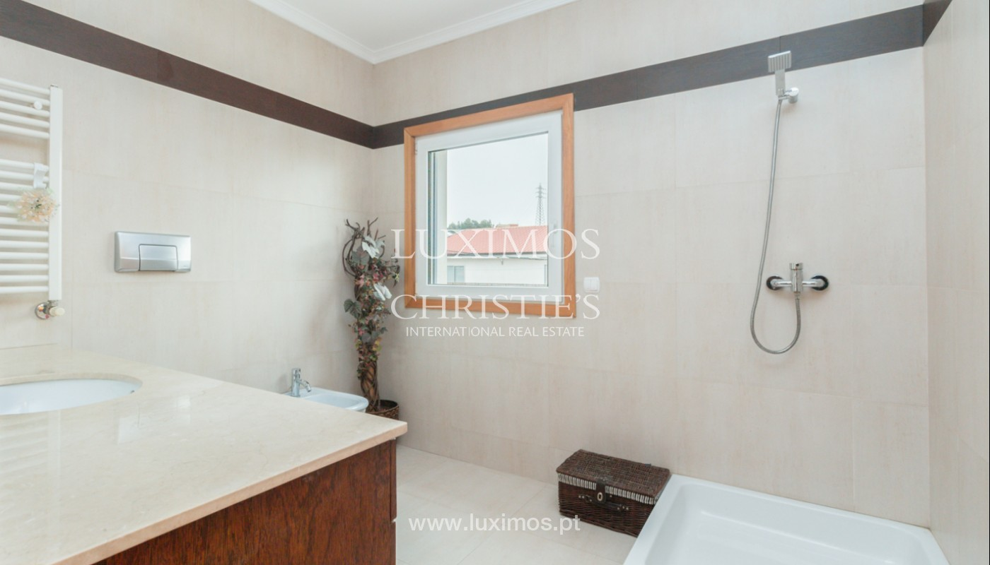Modern villa with covered terrace, for sale, in Matosinhos, Portugal_165961