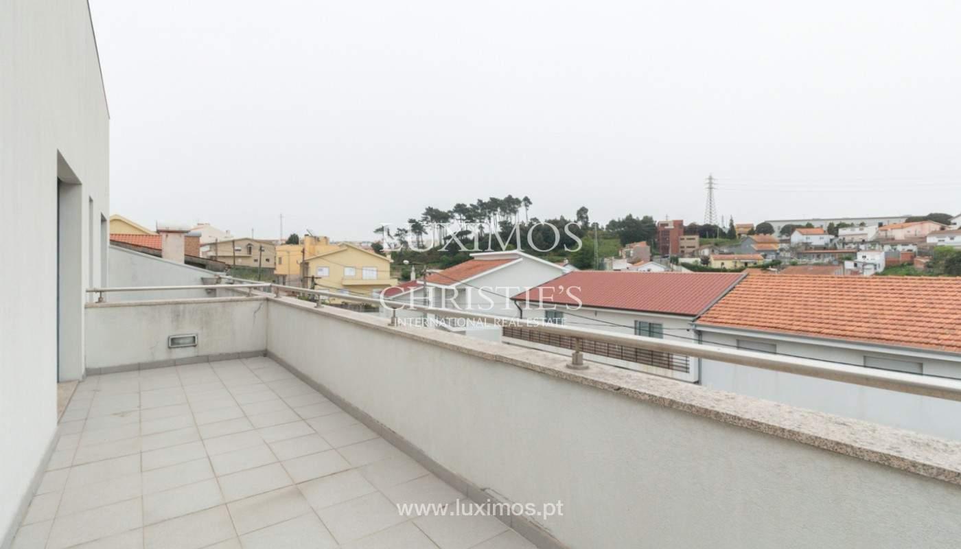 Moderne Villa mit überdachter Terrasse, zu verkaufen, Matosinhos, Portugal_165967
