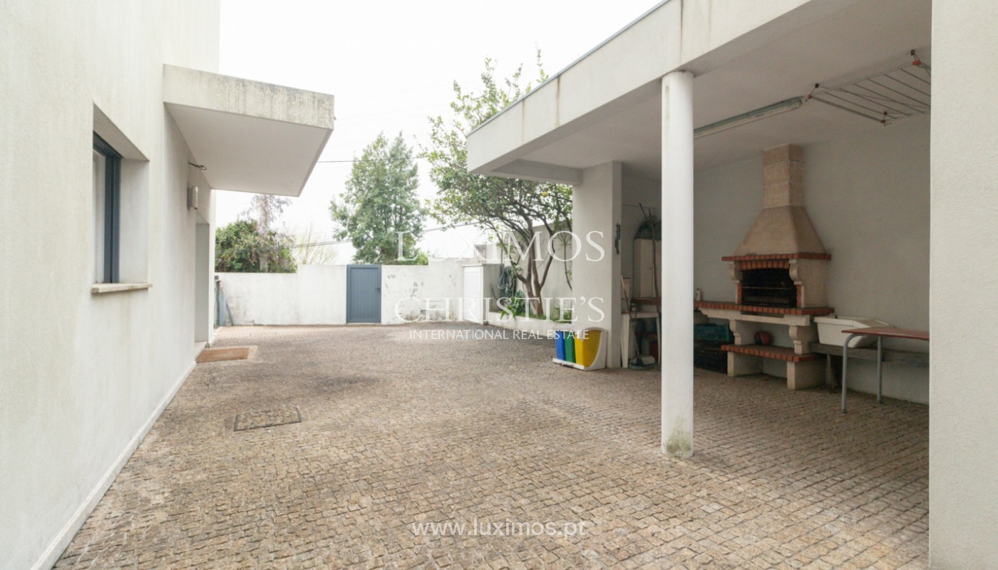 Modern villa with covered terrace, for sale, in Matosinhos, Portugal_165969