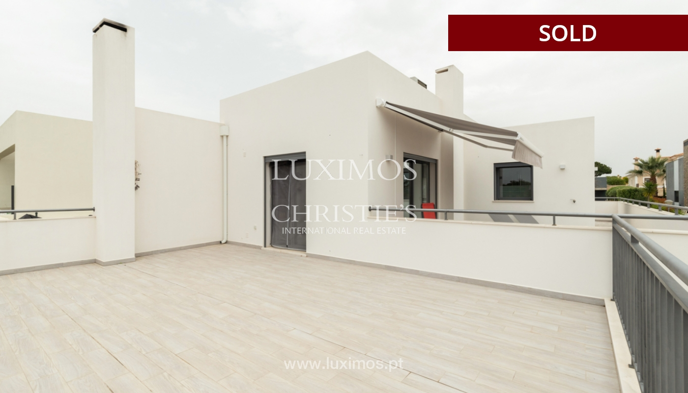 Modern 3 bedroom villa with swimming pool & jacuzzi, Quarteira, Algarve_166077