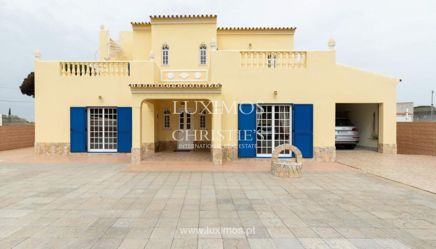 Moradia tradicional, com vista mar, Quarteira, Algarve_166085