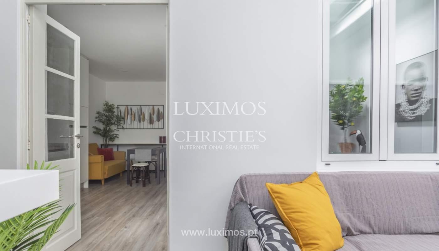 Appartement avec terrasse couverte, à vendre, dans le centre-ville de Porto, Portugal_166506