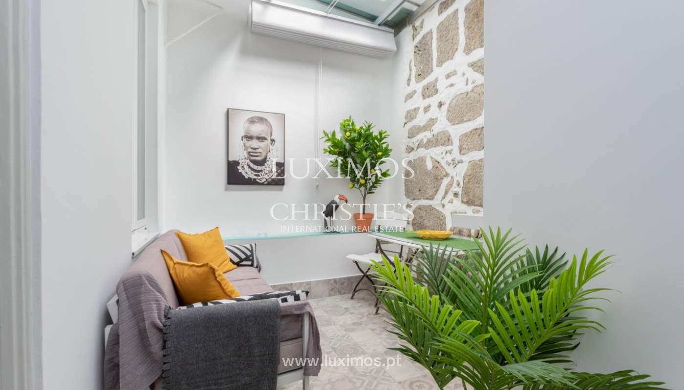 Appartement avec terrasse couverte, à vendre, dans le centre-ville de Porto, Portugal_166507