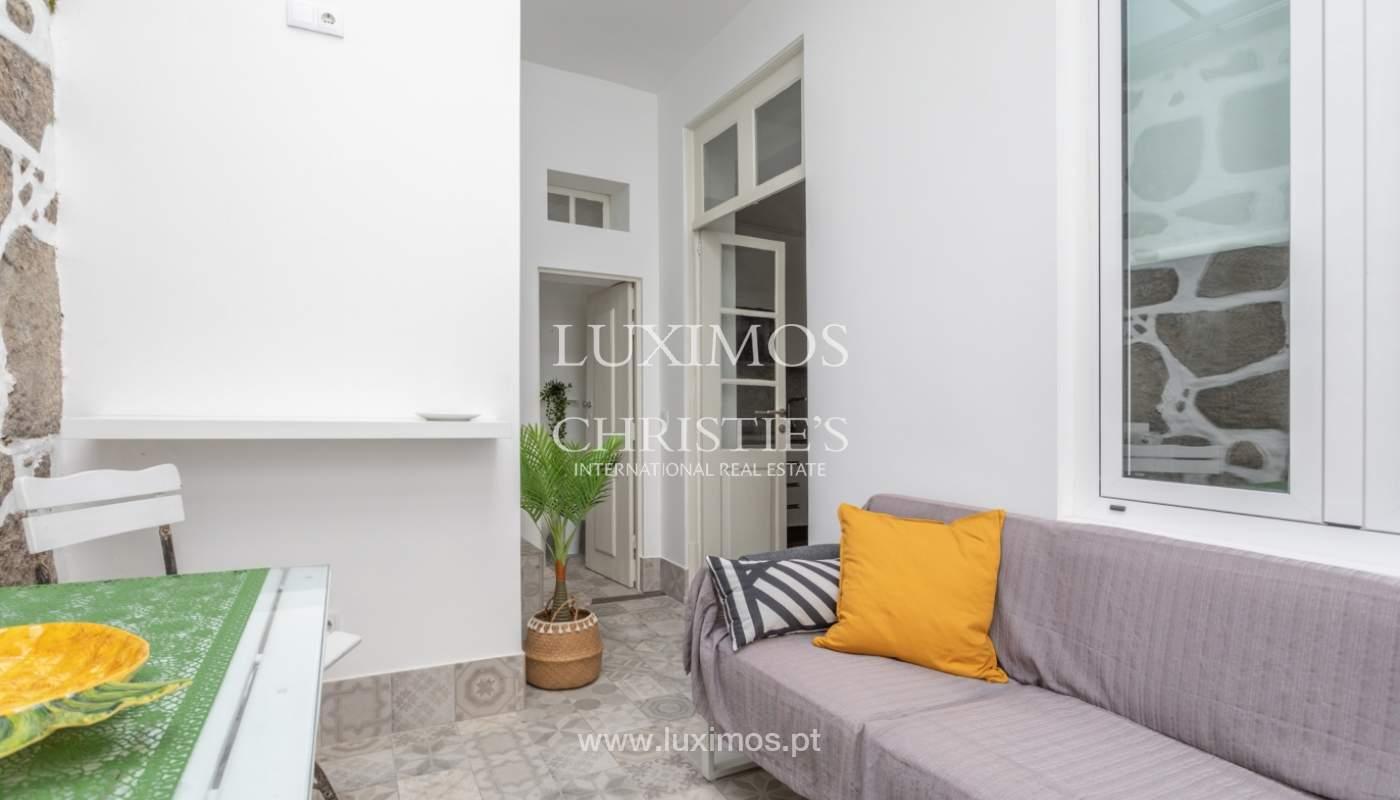 Appartement avec terrasse couverte, à vendre, dans le centre-ville de Porto, Portugal_166511