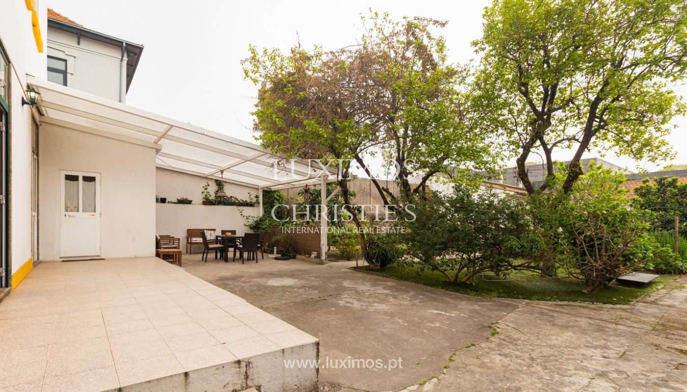 Moradia dos anos 50 com jardim para venda, no Porto_166551