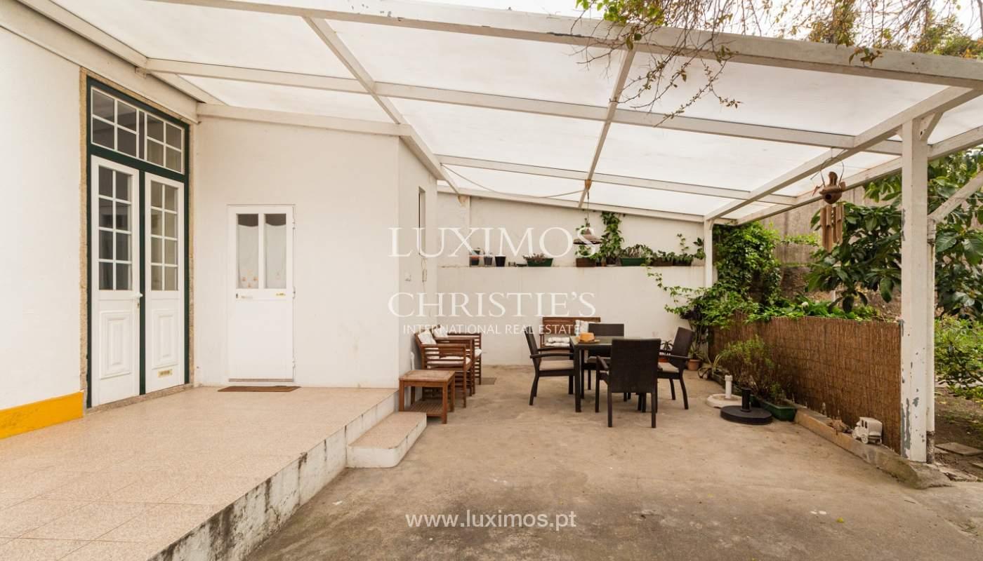 Moradia dos anos 50 com jardim para venda, no Porto_166554