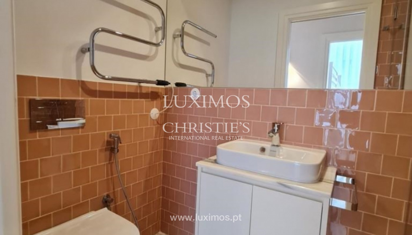 Modern apartment, for sale, in the centre of Porto, Portugal_166838