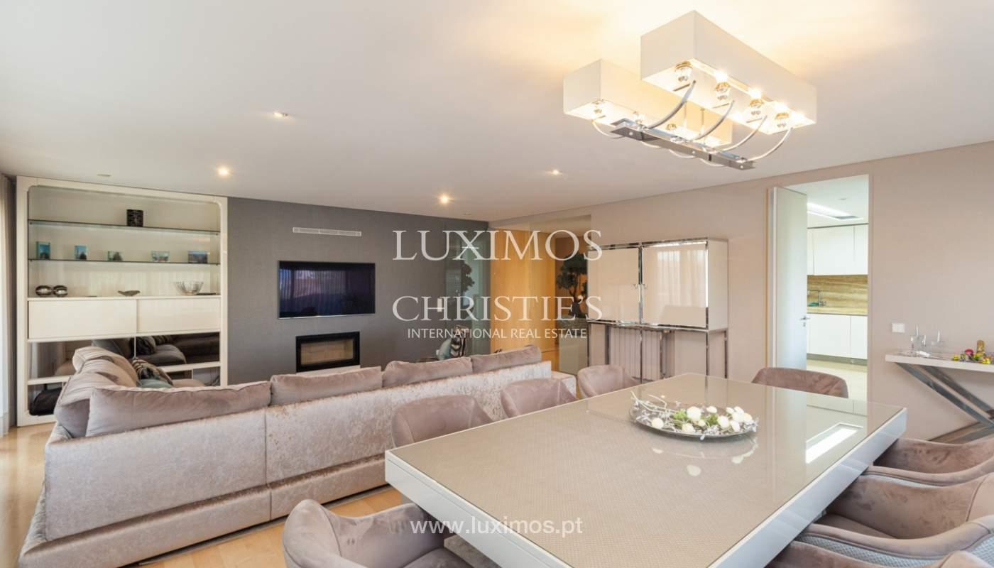 Apartamento con balcón, en venta, en Ramalde, Oporto, Portugal_167502