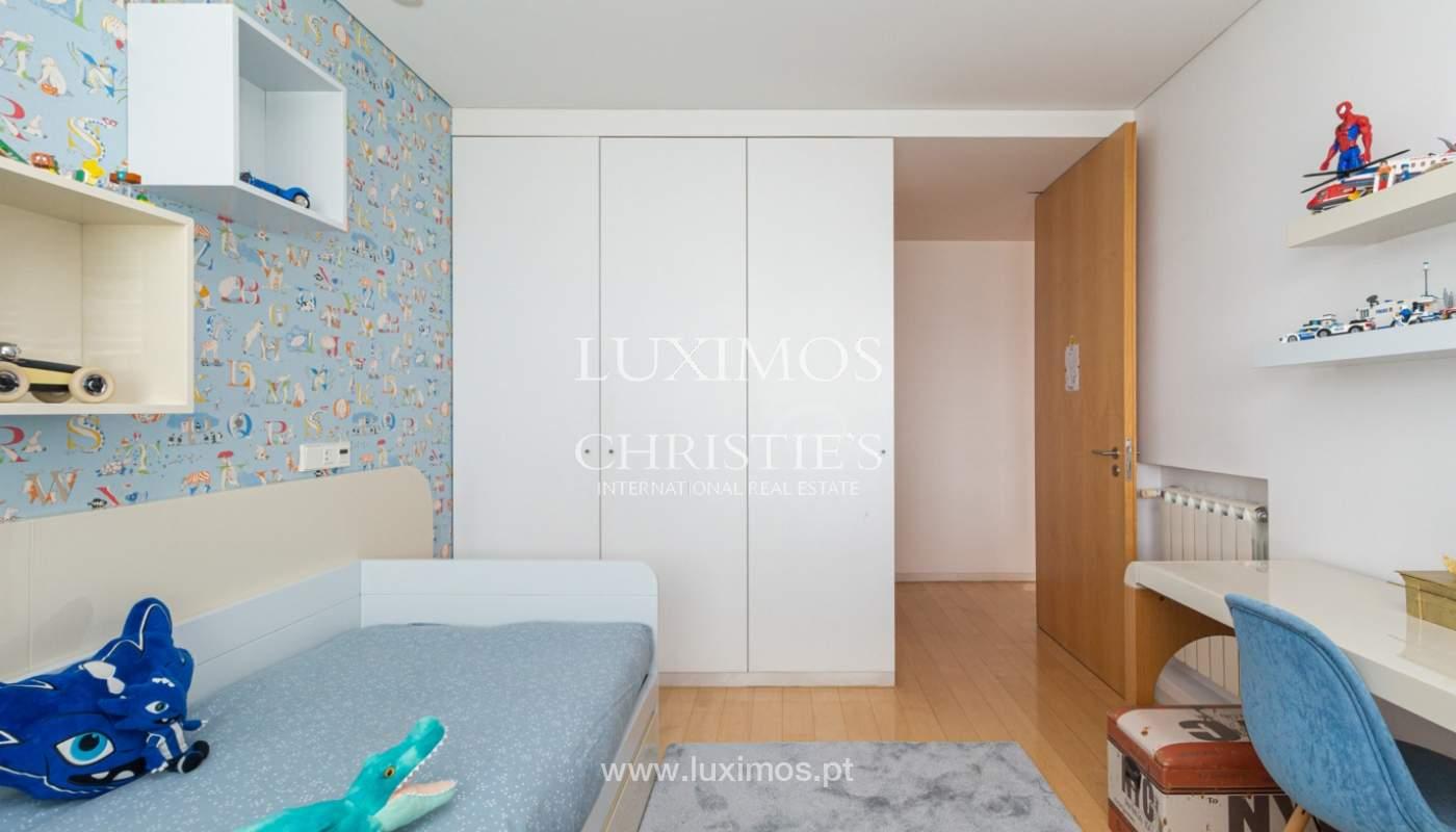 Apartamento con balcón, en venta, en Ramalde, Oporto, Portugal_167508