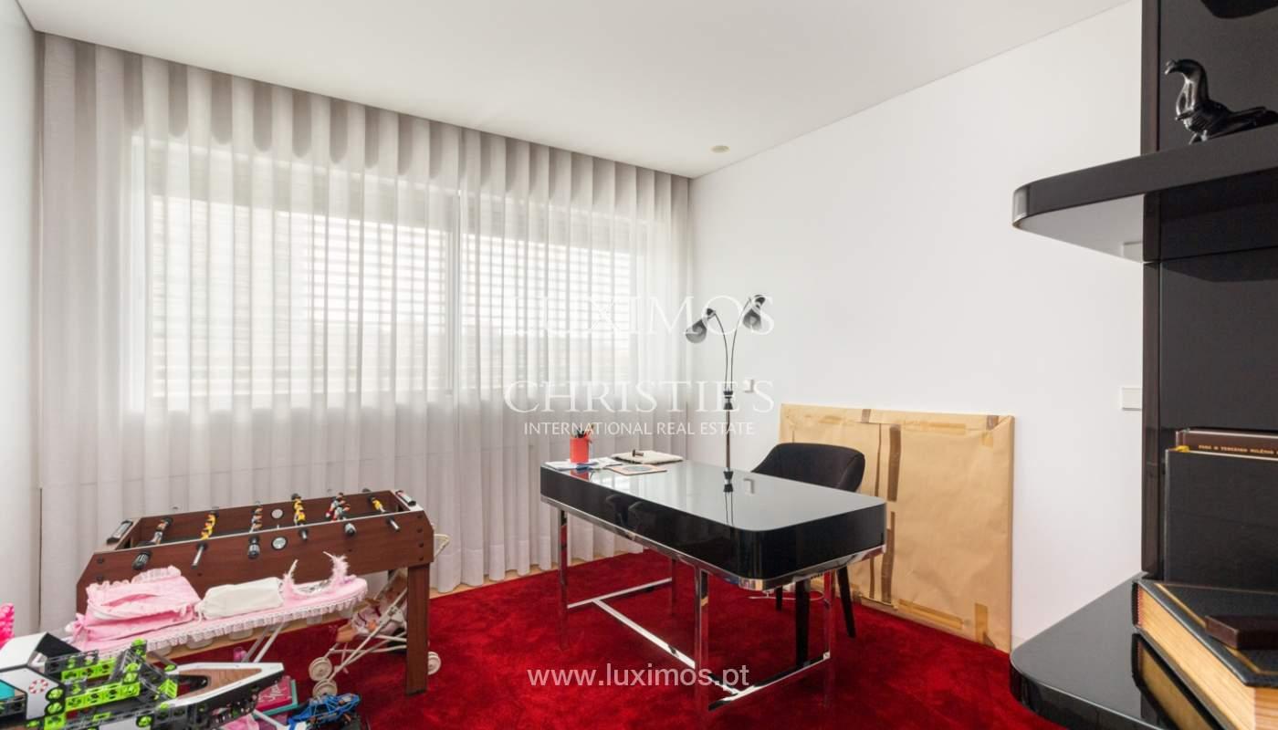 Apartamento con balcón, en venta, en Ramalde, Oporto, Portugal_167511