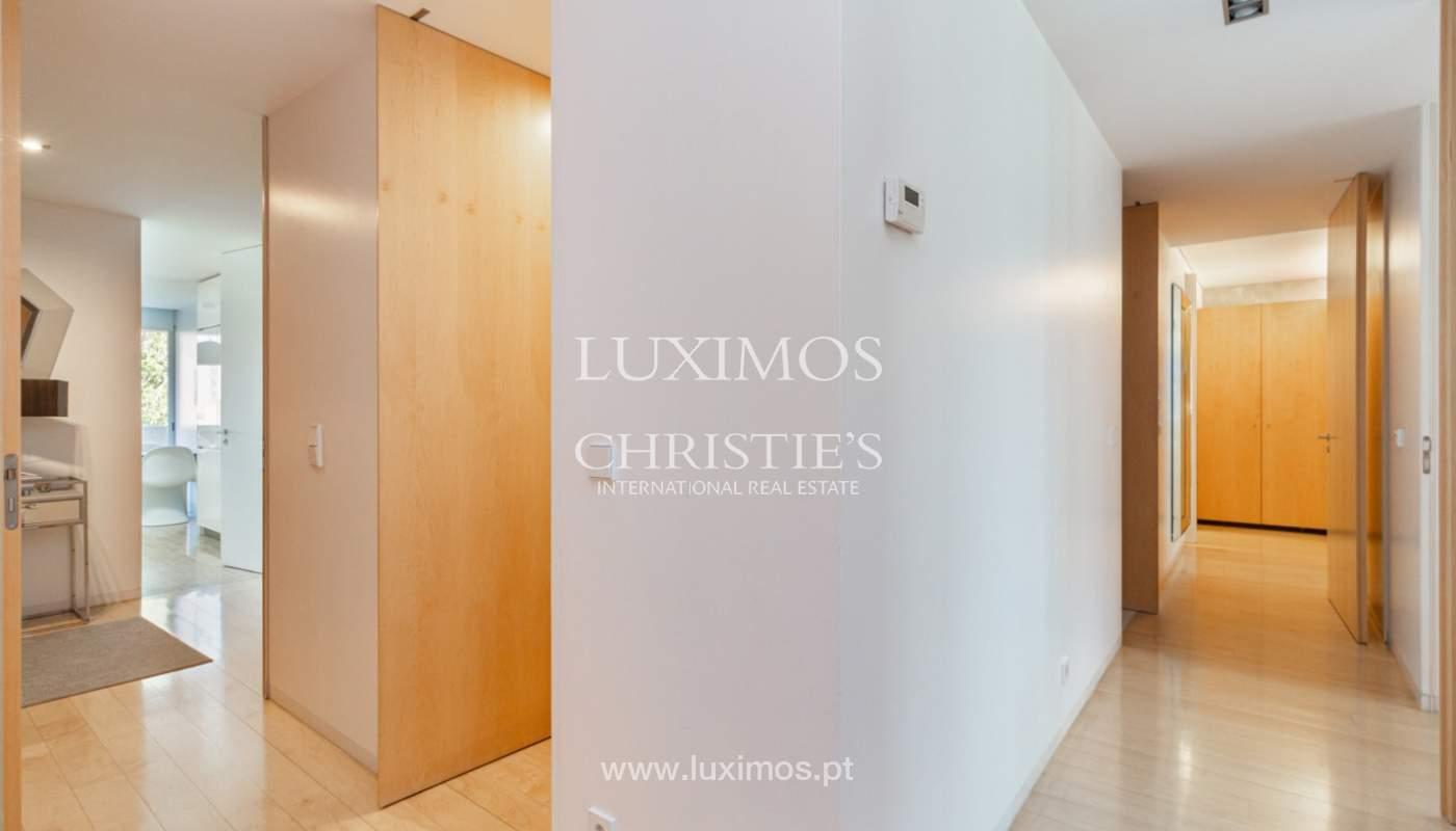Apartamento con balcón, en venta, en Ramalde, Oporto, Portugal_167523