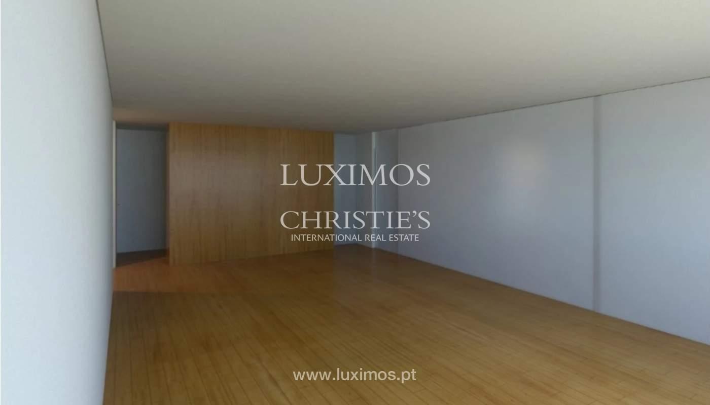 Apartamento nuevo con balcón, en venta, en Gondomar, Porto, Portugal_168321