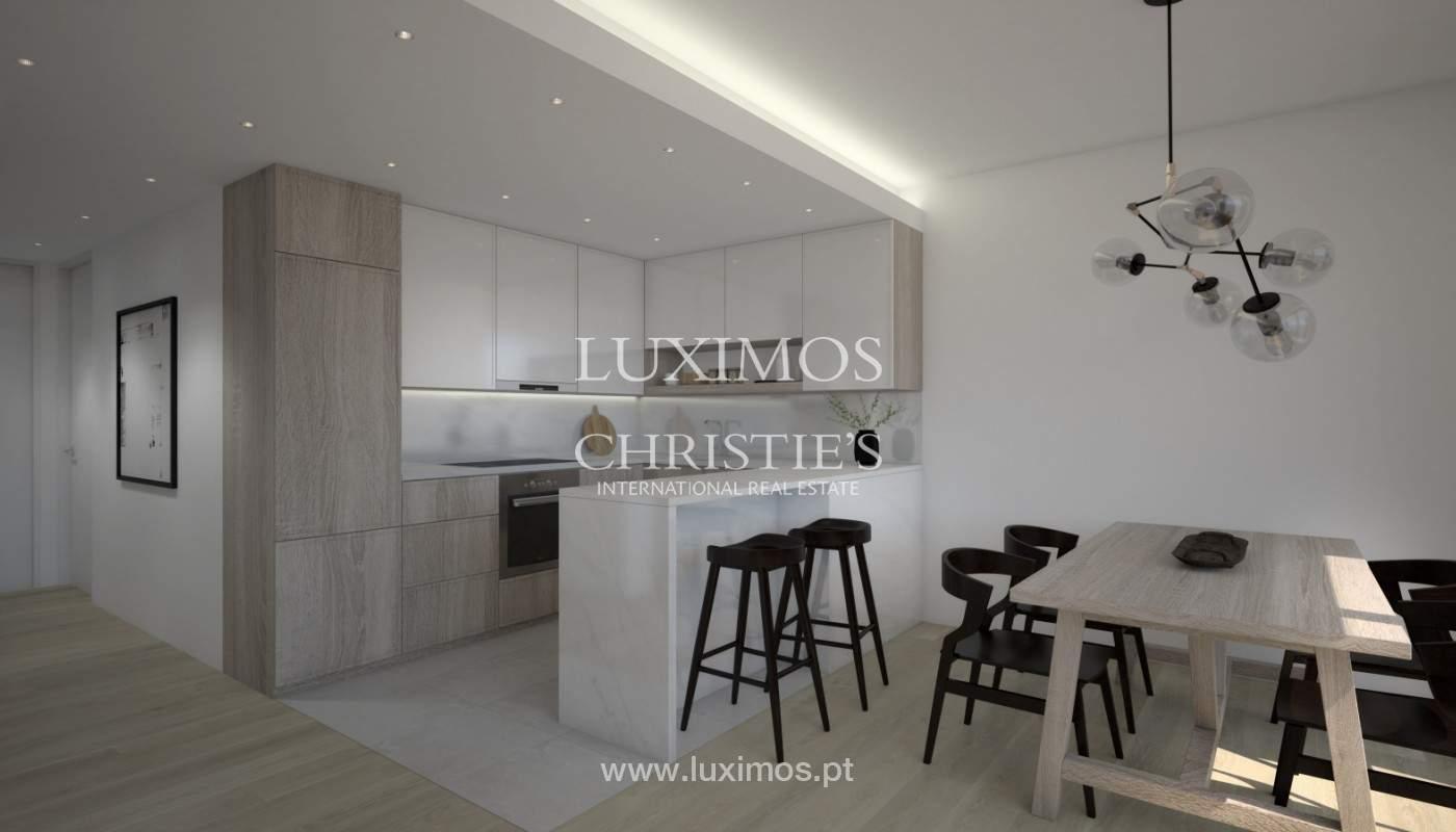 2 bedroom apartment, private condominium, Praia da Luz, Algarve_168646