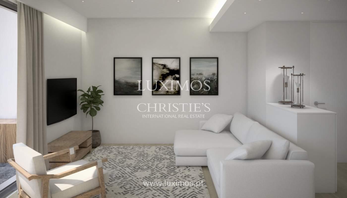 2 bedroom apartment, private condominium, Praia da Luz, Algarve_168650
