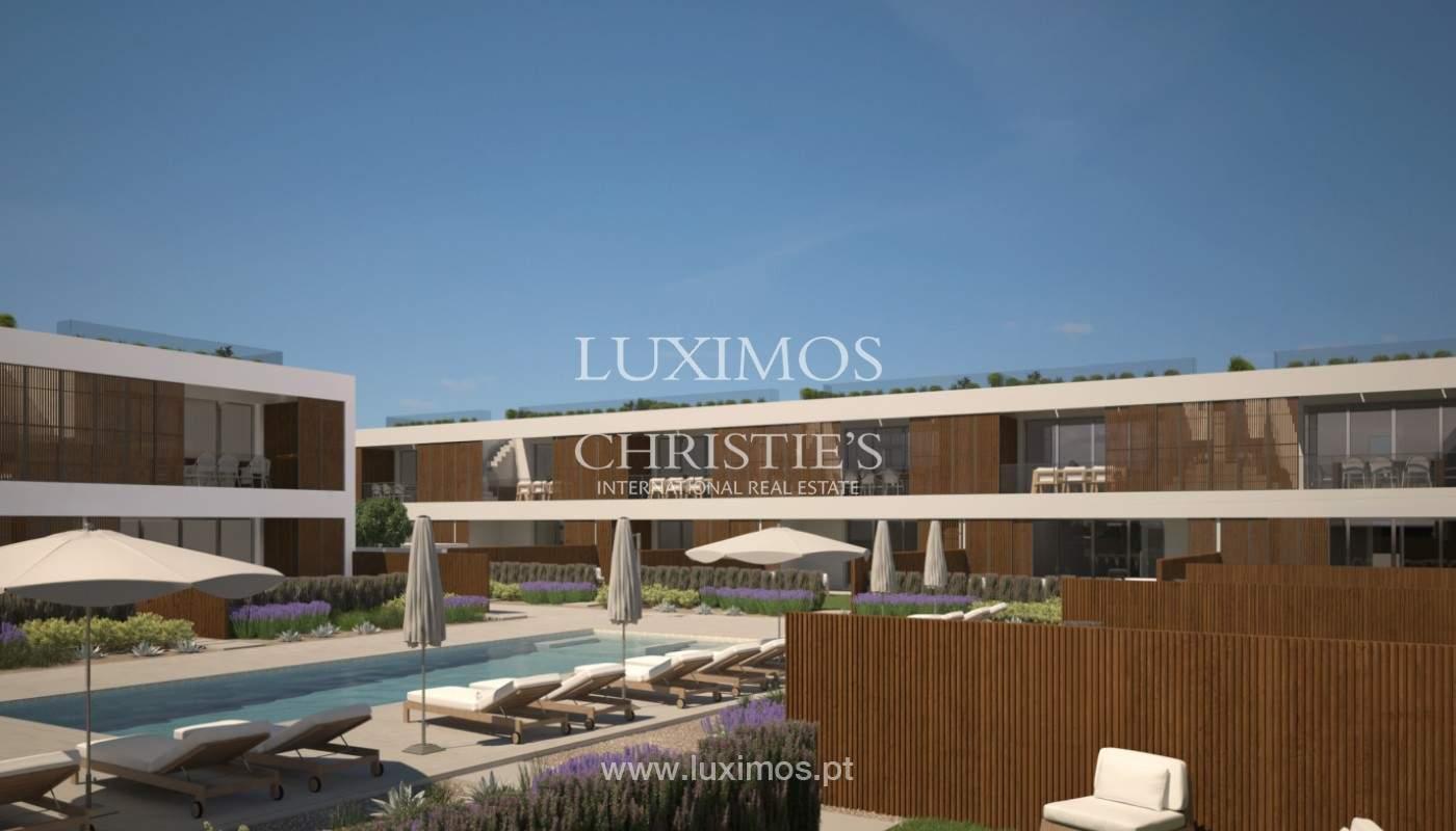 2 bedroom apartment, private condominium, Praia da Luz, Algarve_168655