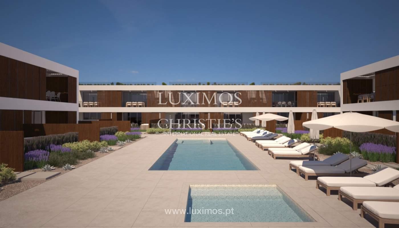 2 bedroom apartment, private condominium, Praia da Luz, Algarve_168661