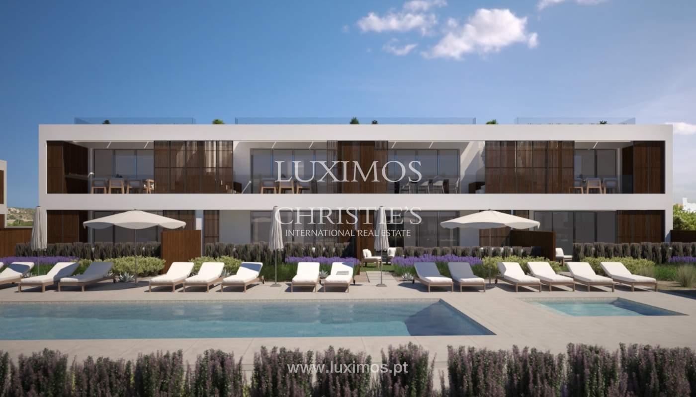 2 bedroom apartment, private condominium, Praia da Luz, Algarve_168663