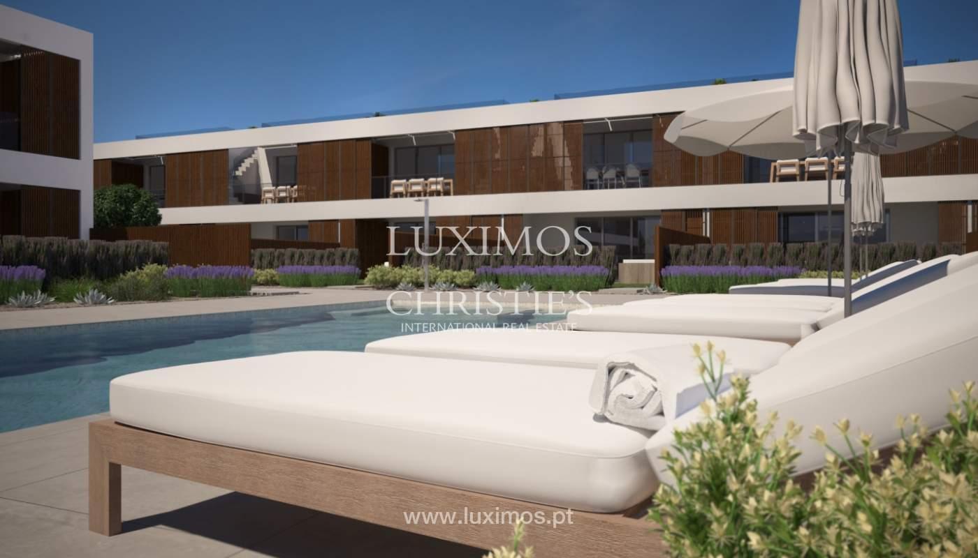 2 bedroom apartment, private condominium, Praia da Luz, Algarve_168664
