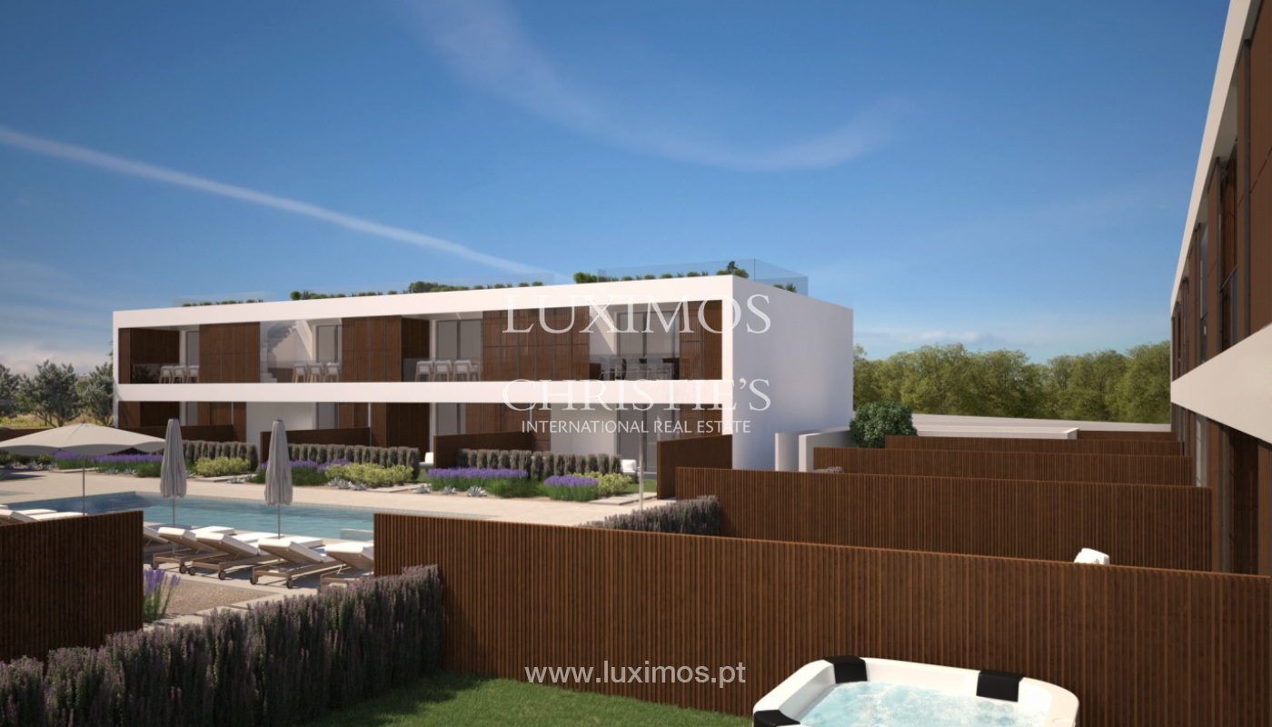 2 bedroom apartment, private condominium, Praia da Luz, Algarve_168665