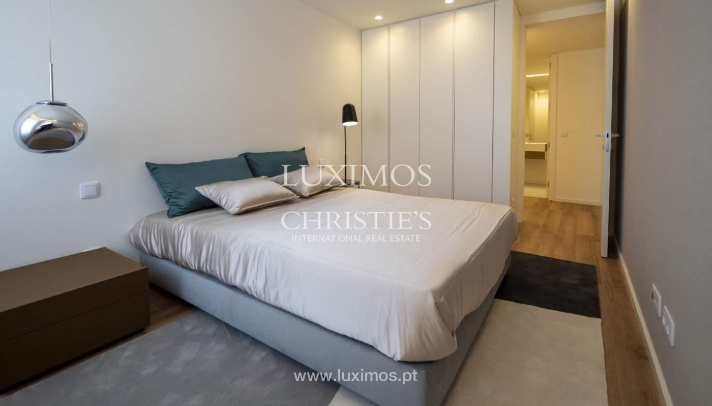 Apartamento nuevo y moderno, para la venta, en el centro de Porto, Portugal _170405