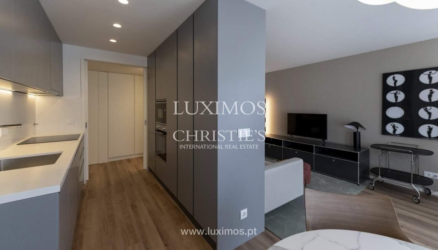 Apartamento nuevo y moderno, para la venta, en el centro de Porto, Portugal _170426