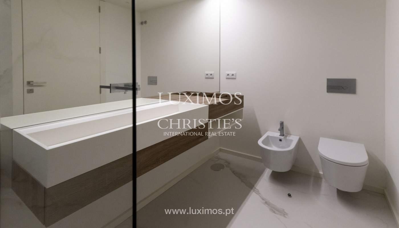Apartamento nuevo y moderno, para la venta, en el centro de Porto, Portugal _170428