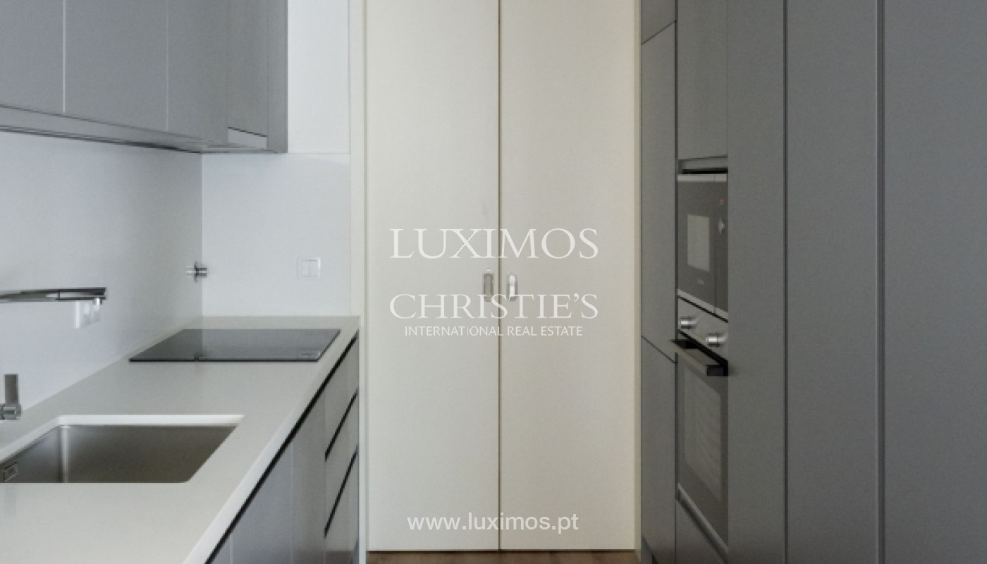New and modern apartment, for sale, in Porto downtown, Portugal _170524