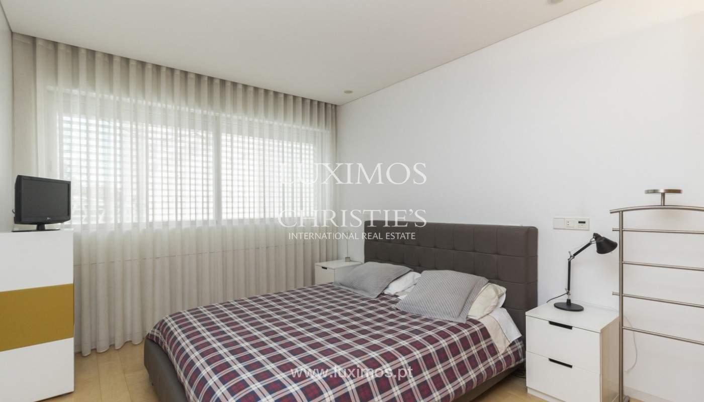 Apartamento de lujo con balcón, en venta, en Ramalde, Oporto, Portugal_170817