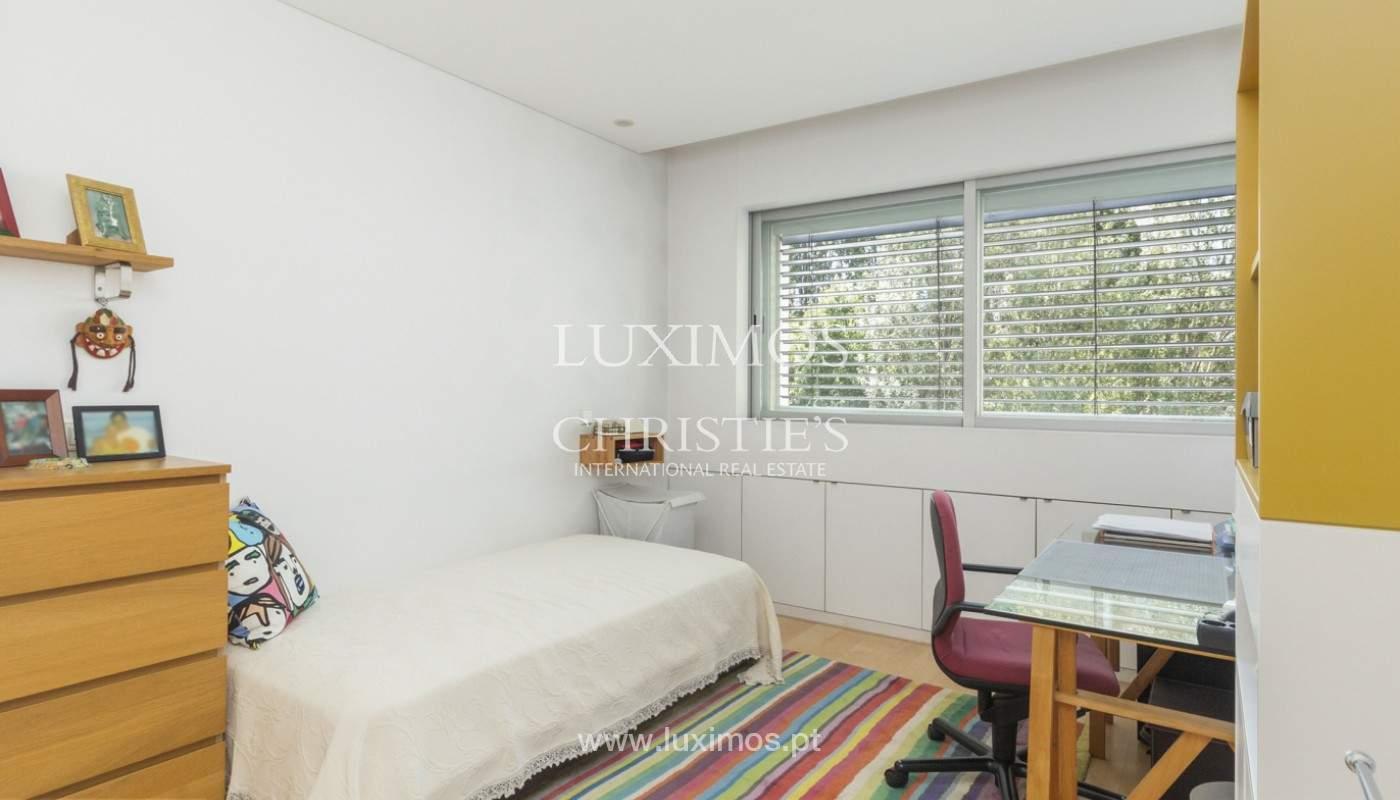 Apartamento de lujo con balcón, en venta, en Ramalde, Oporto, Portugal_170818