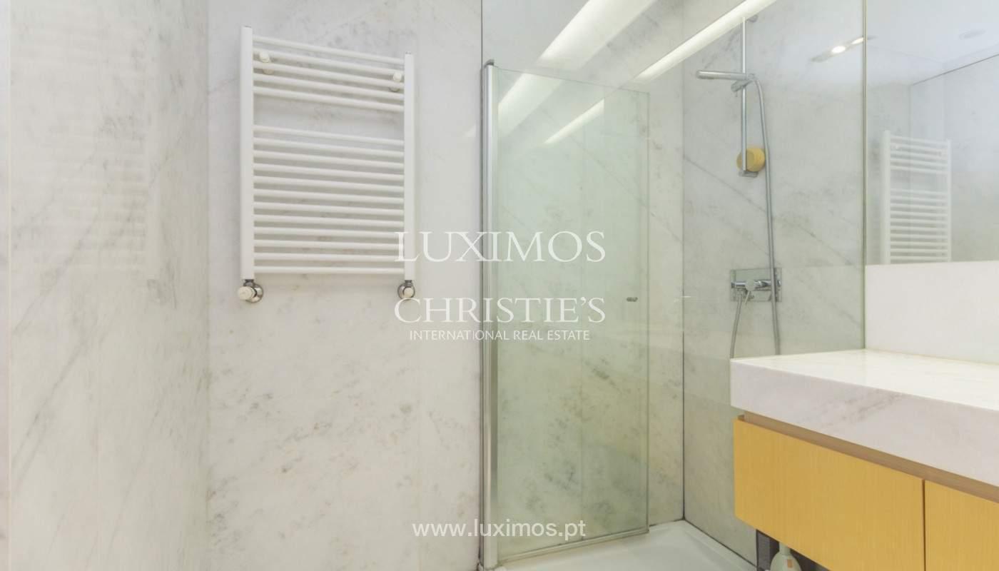 Apartamento de lujo con balcón, en venta, en Ramalde, Oporto, Portugal_170826