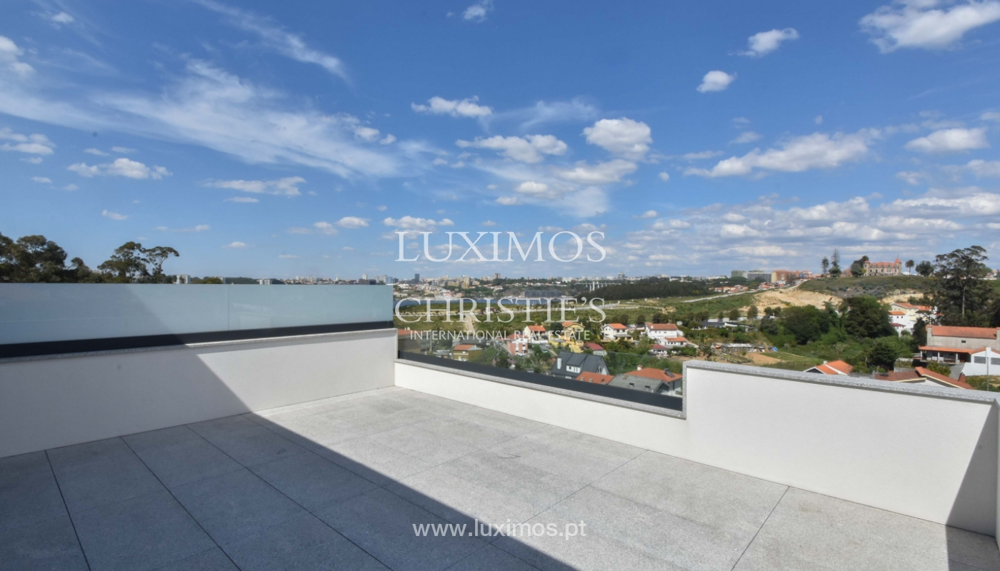 Villa with river and sea views, for sale, in V. N. Gaia, Portugal_170846