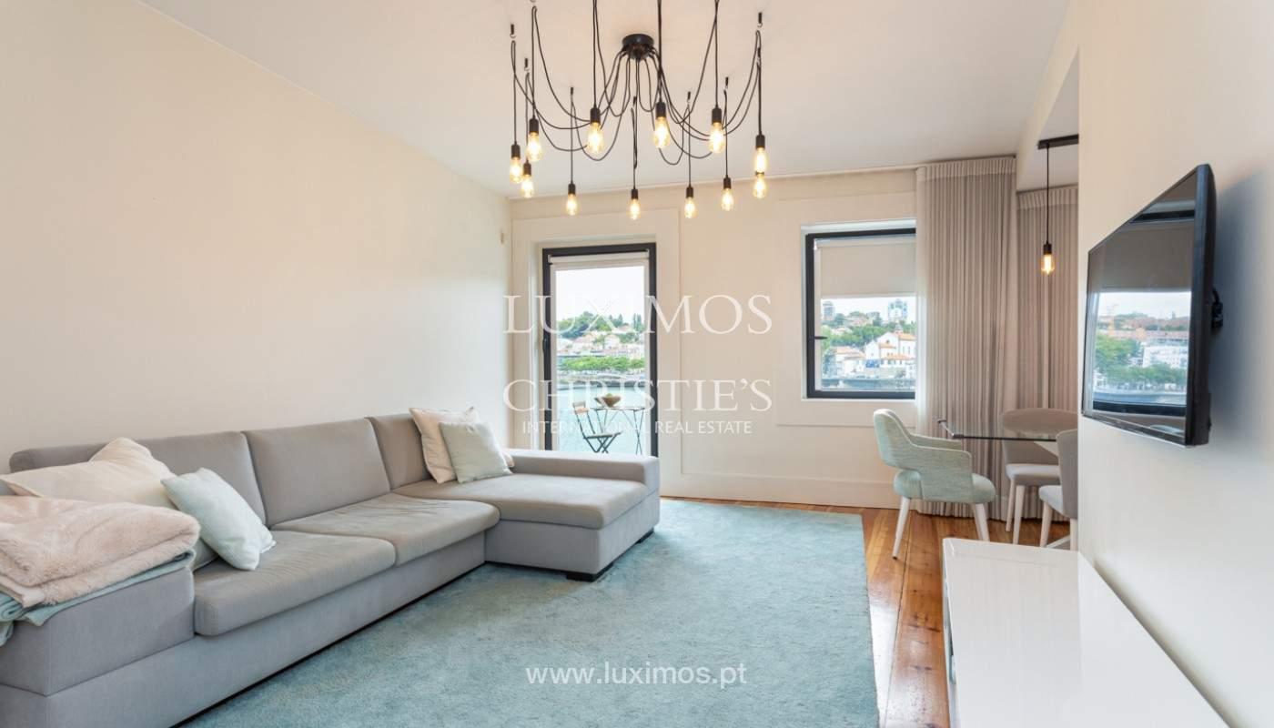 Wohnung mit Balkon in 1. Linie des Flusses, zu verkaufen, in V. N. Gaia, Portugal_171136