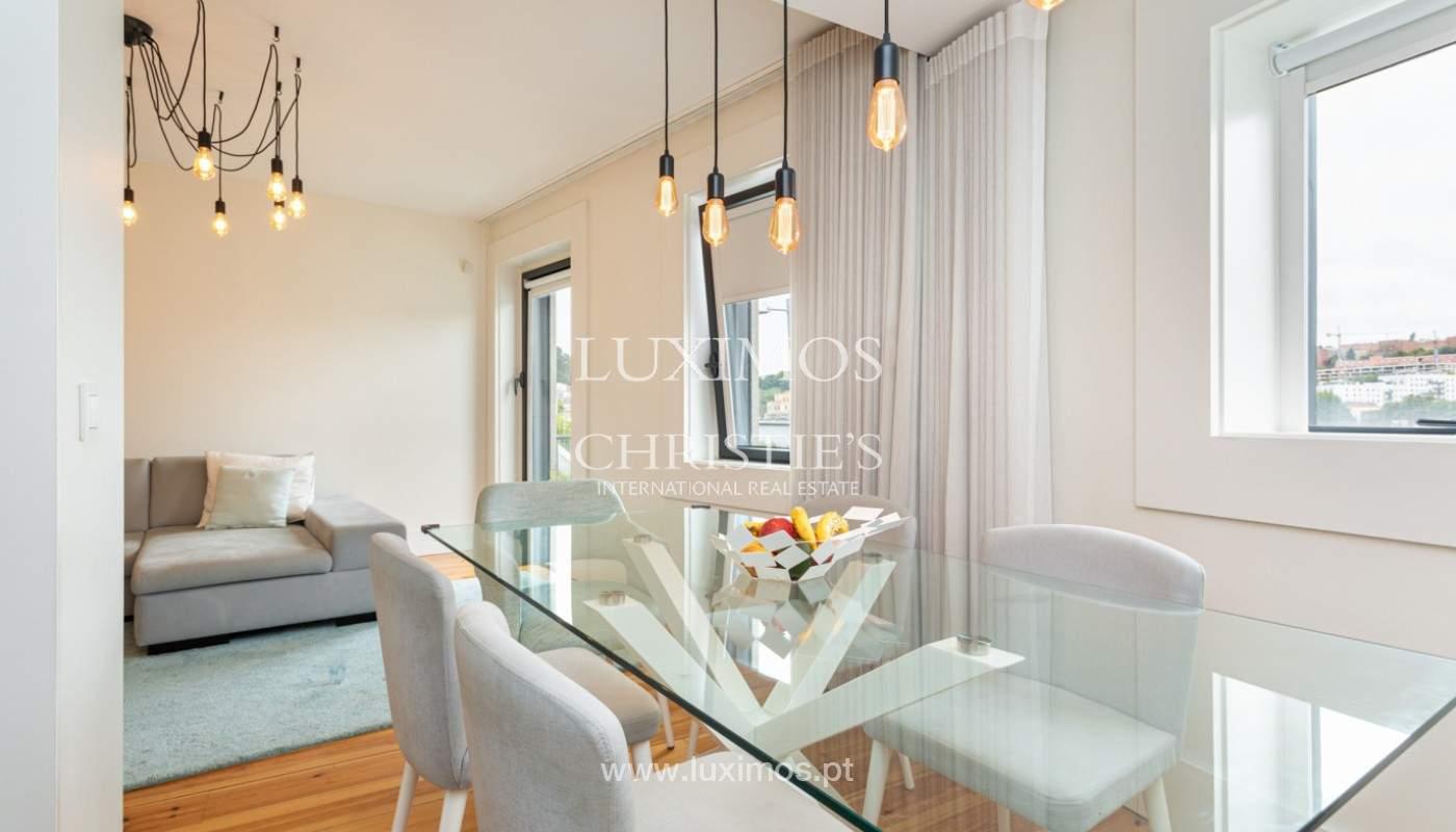Wohnung mit Balkon in 1. Linie des Flusses, zu verkaufen, in V. N. Gaia, Portugal_171138