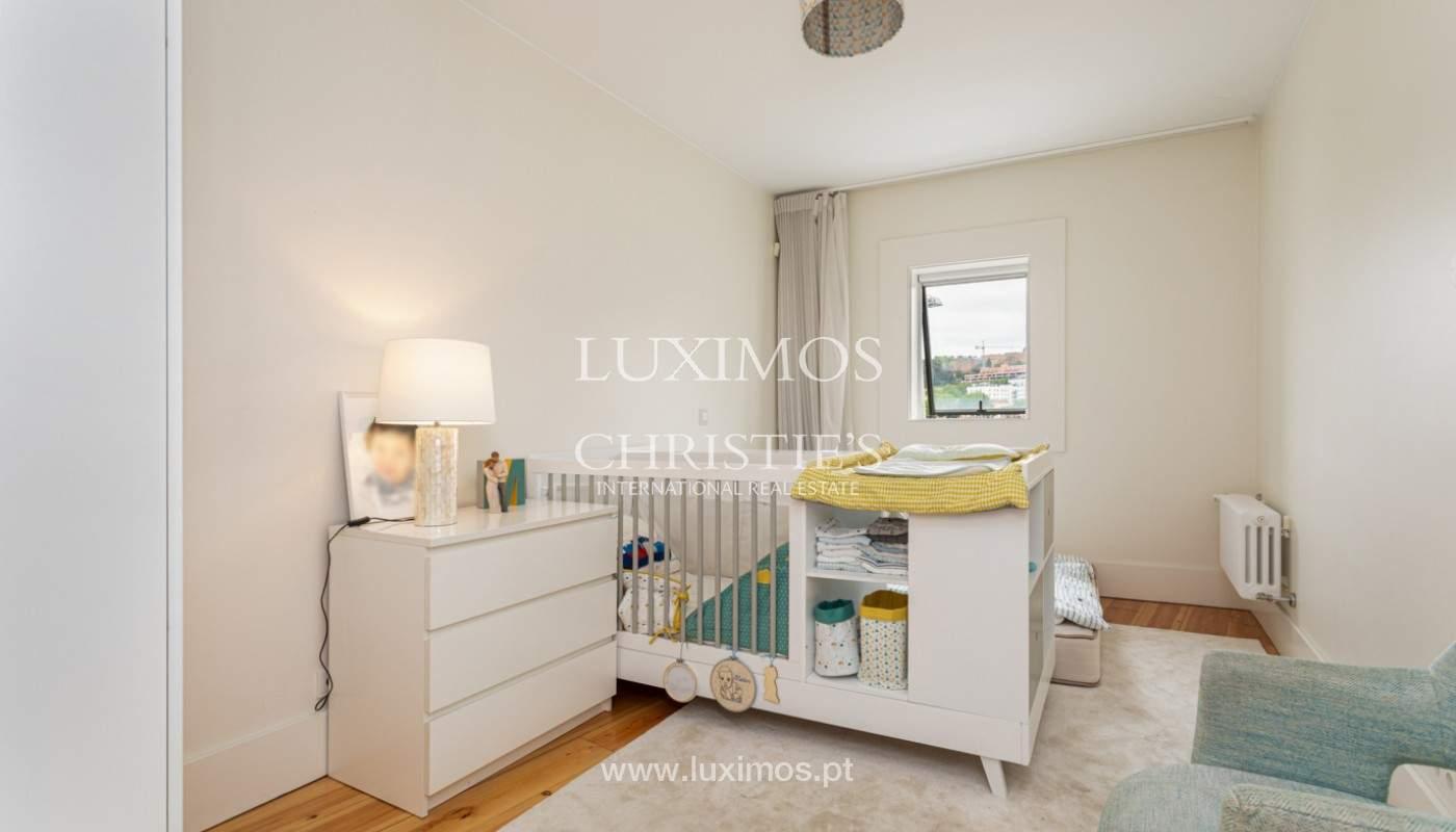 Wohnung mit Balkon in 1. Linie des Flusses, zu verkaufen, in V. N. Gaia, Portugal_171148