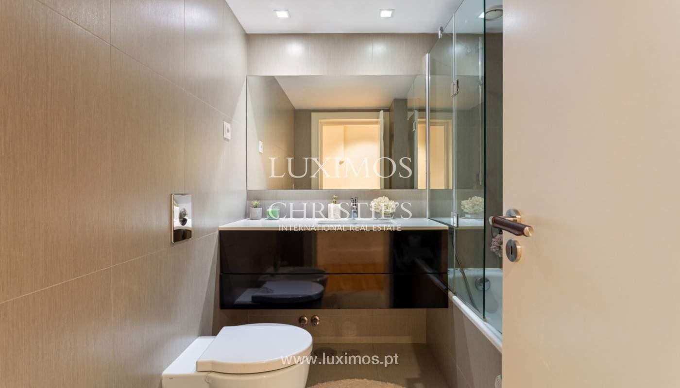 Wohnung mit Balkon in 1. Linie des Flusses, zu verkaufen, in V. N. Gaia, Portugal_171150