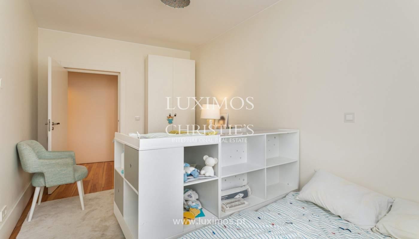 Wohnung mit Balkon in 1. Linie des Flusses, zu verkaufen, in V. N. Gaia, Portugal_171151