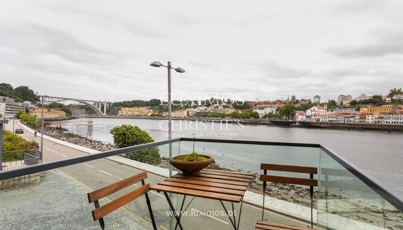 Wohnung mit Balkon in 1. Linie des Flusses, zu verkaufen, in V. N. Gaia, Portugal_171154