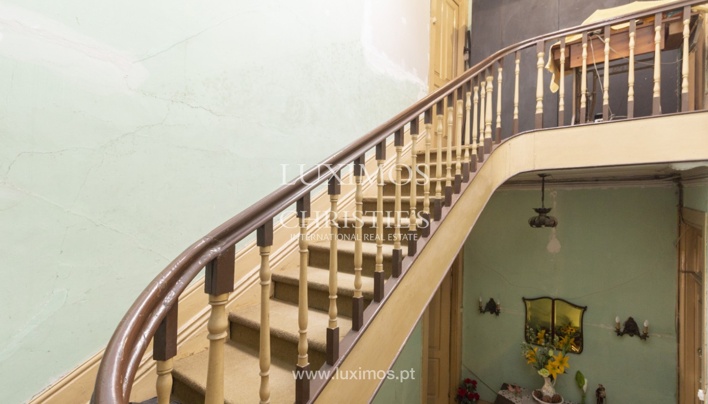 House for rehabilitation, for sale, in the Centre of Porto, Portugal_171192