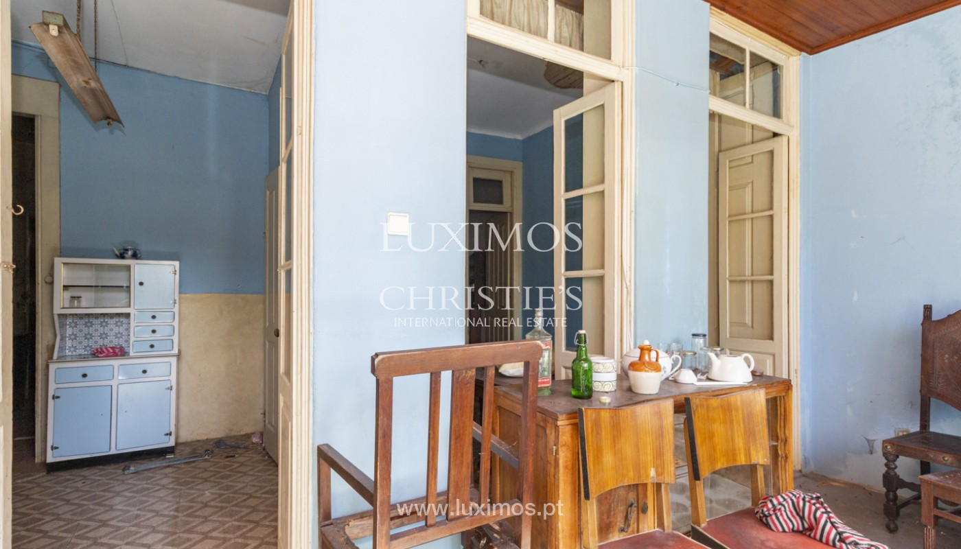 House for rehabilitation, for sale, in the Centre of Porto, Portugal_171196