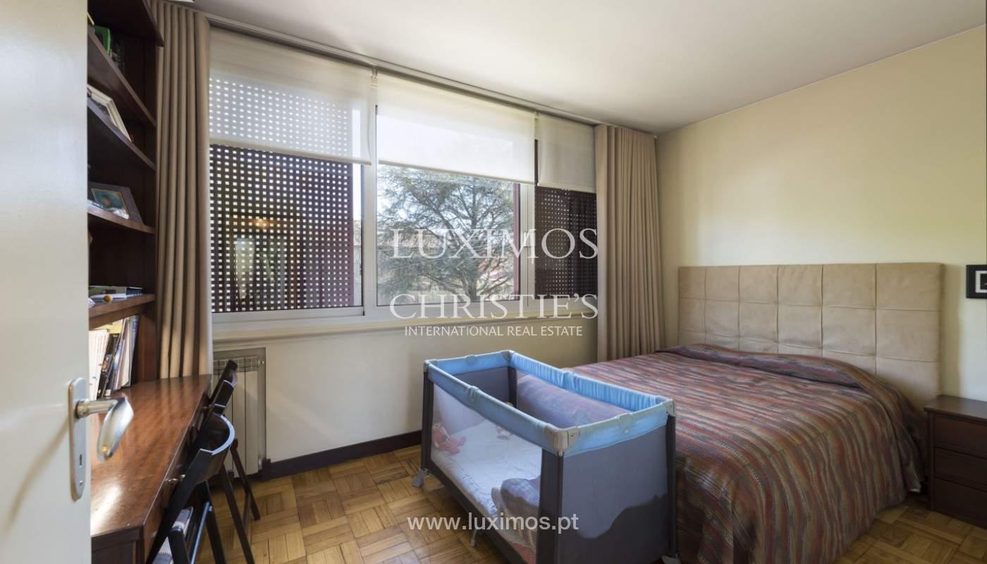 Villa V5+2 mit Garten, zu verkaufen, in Lordelo do Ouro, Porto, Portugal_171667