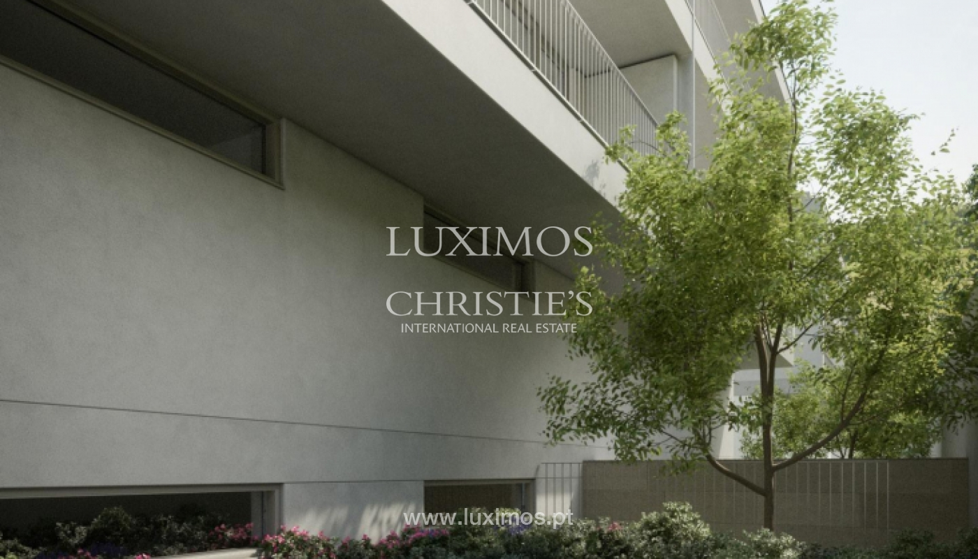 Neue 3 Schlafzimmer Villa mit Garten, zu verkaufen, in Boavista, Porto, Portugal_171851