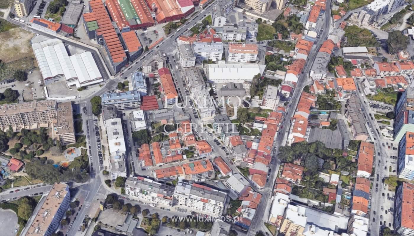Villa to rehabilitate, for sale, in Areosa, Porto, Portugal_171966