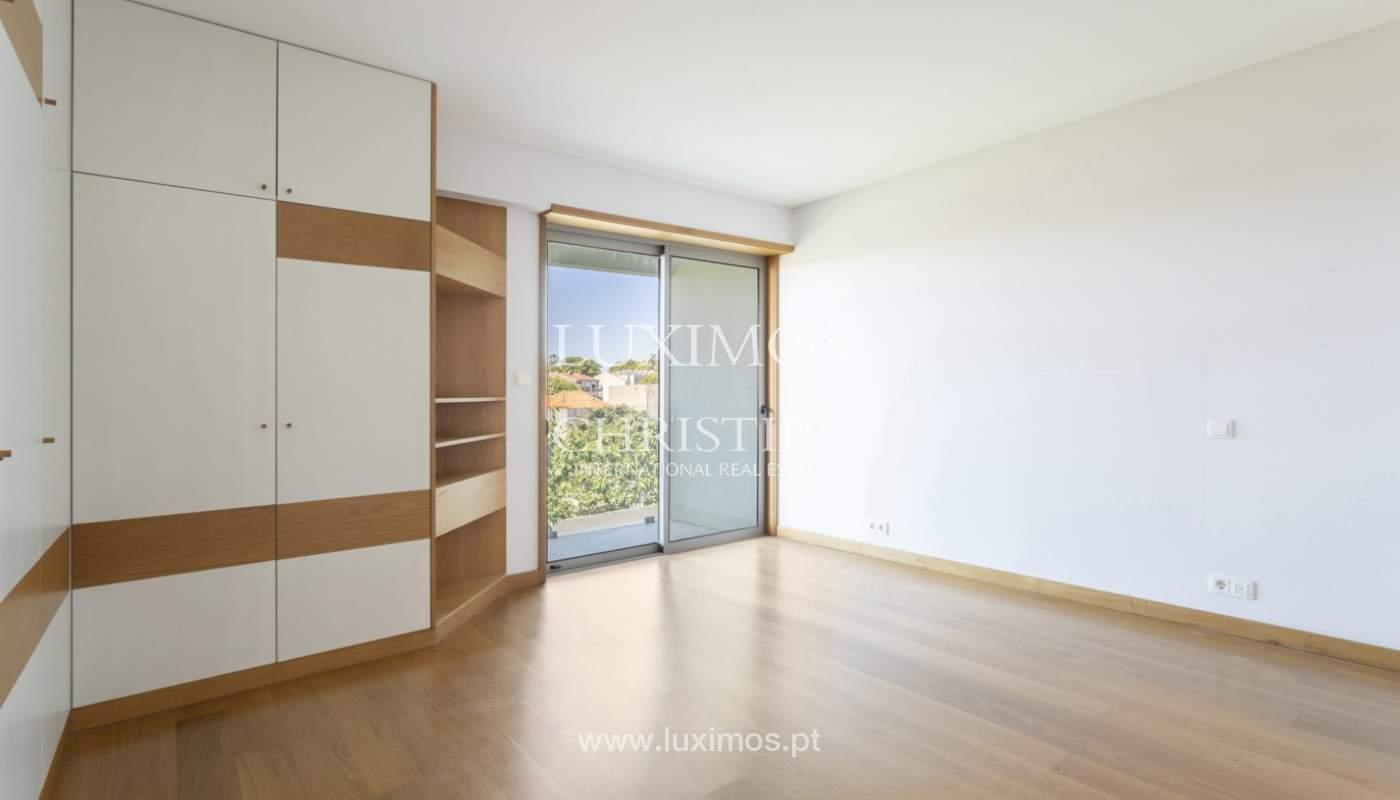 Villa V4+1 avec jardin, à vendre, à Lordelo do Ouro, Porto, Portugal_171994