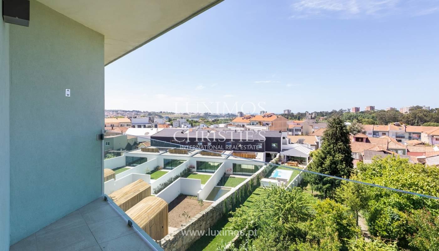 Villa V4+1 avec jardin, à vendre, à Lordelo do Ouro, Porto, Portugal_172043