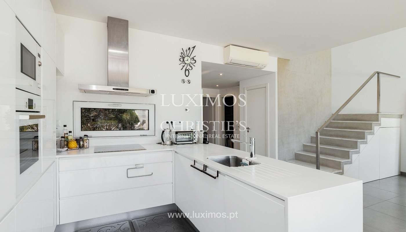 Villa moderna con piscina y jardín, Albufeira, Algarve_173956