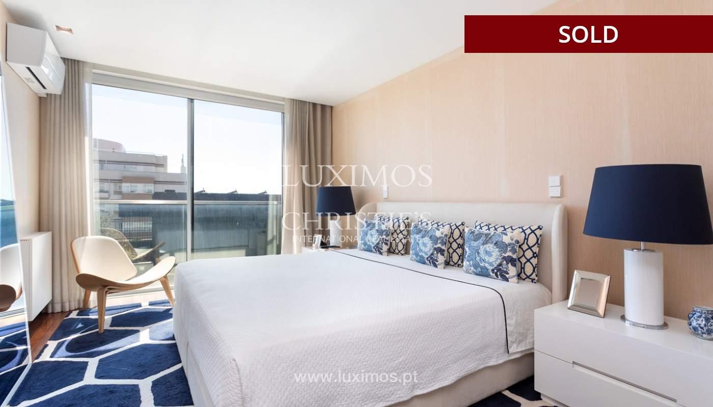 Wohnung mit Balkon und Meerblick, zu verkaufen, in Foz do Douro, Porto, Portugal_173985