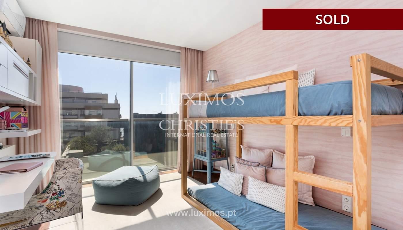 Wohnung mit Balkon und Meerblick, zu verkaufen, in Foz do Douro, Porto, Portugal_173987