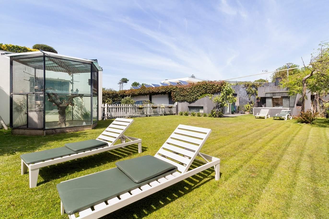 villa-for-sale-with-pool-near-the-beach-valadares-v-n-gaia-portugal
