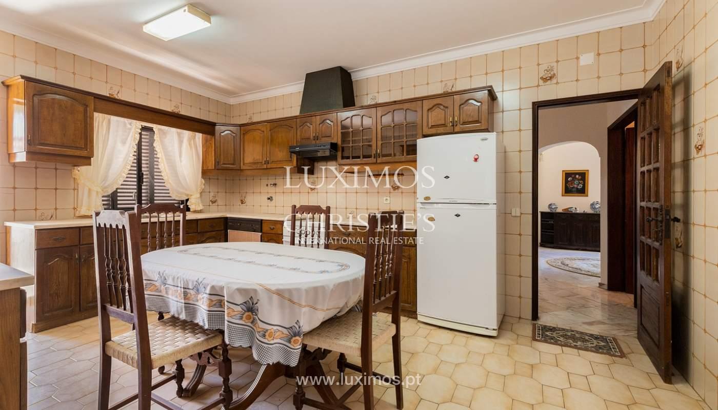 4+1-Schlafzimmer-Villa, nahe dem Zentrum von Loulé, Algarve_174592