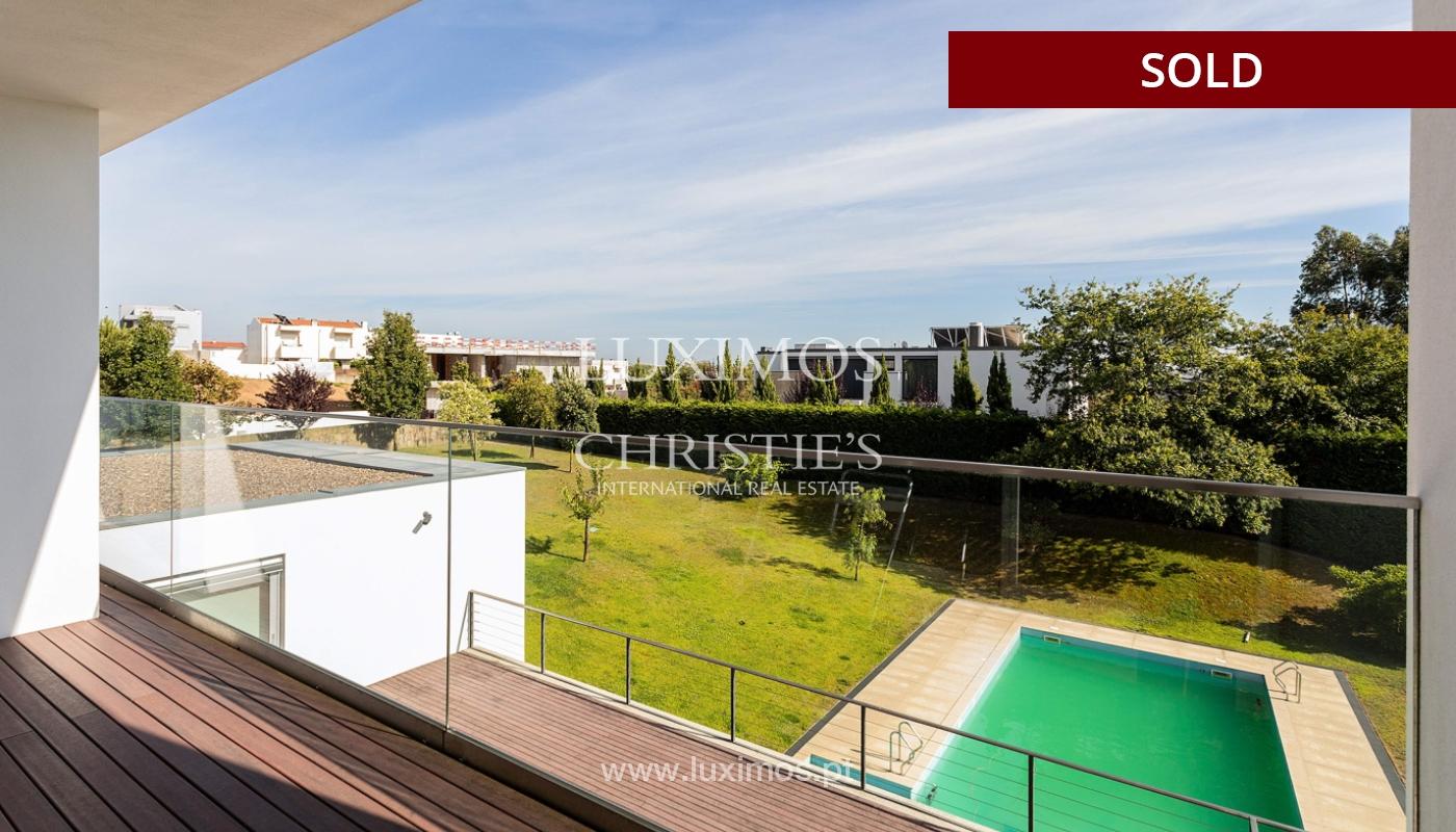 Villa de luxe avec jardin et piscine, à vendre, à Maia, Portugal_174710